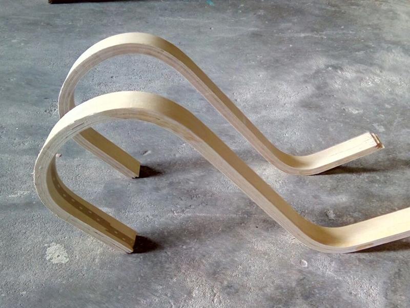 弯曲板是怎么制作的,其应用原理是什么?